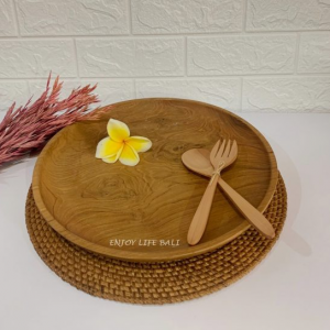 Wooden Round Plate + Wooden Set Fork & Spoon + Circle Placemat Rattan Ata