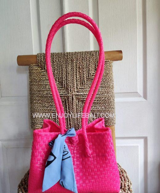 Victoria Pink Bag (M)