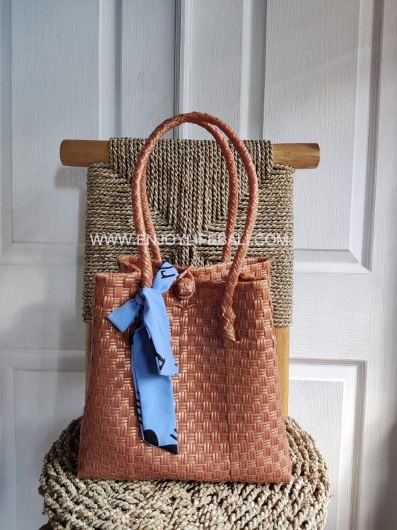 Victoria Light Brown Bag (L)